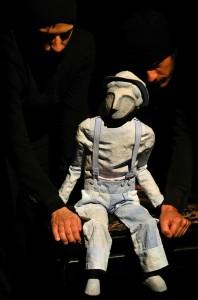 PASSAGER CLANDESTIN, nouvelle création d'Arketal au Festival Mondiale à Charleville-Mézières