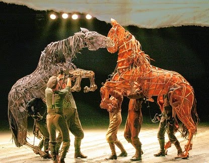 <!--:en-->Punch's 350th Anniversary coming soon, and War Horse still a hit in London<!--:-->
